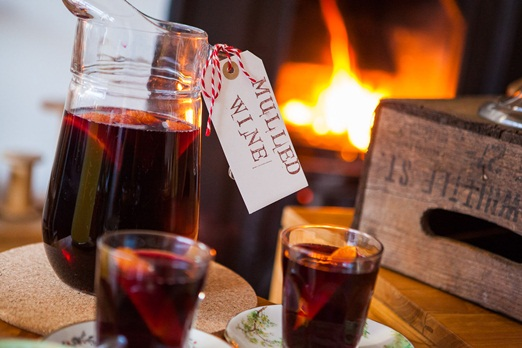 mulled wine {thenaturalweddingcompany}